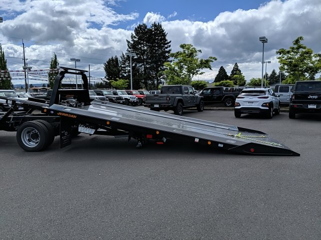 2019 Ram 5500 Regular Cab DRW 4x2, Jerr-Dan Standard Duty Carriers Rollback Body #097551T - photo 3