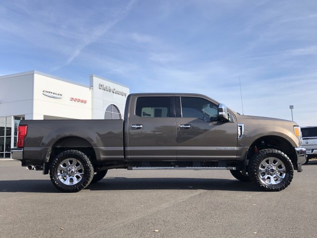2017 F-250 Crew Cab 4x4, Pickup #D6818 - photo 3