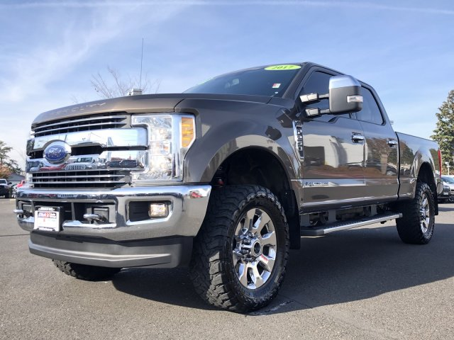 2017 F-250 Crew Cab 4x4, Pickup #D6818 - photo 5