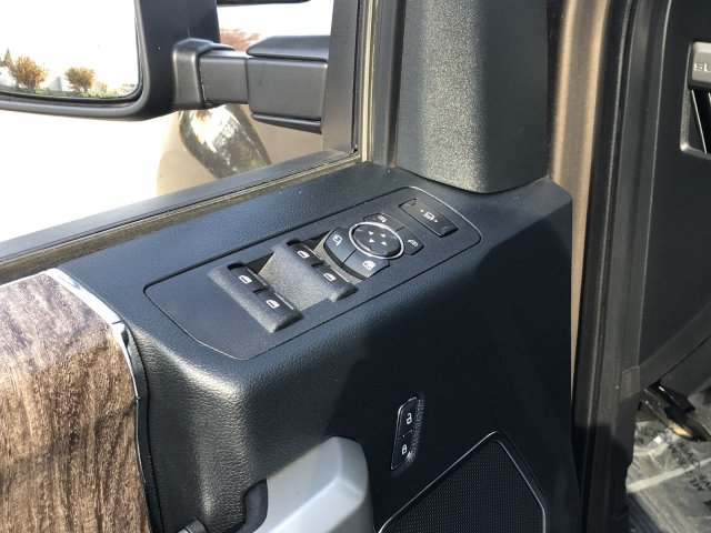 2017 F-250 Crew Cab 4x4, Pickup #D6818 - photo 27