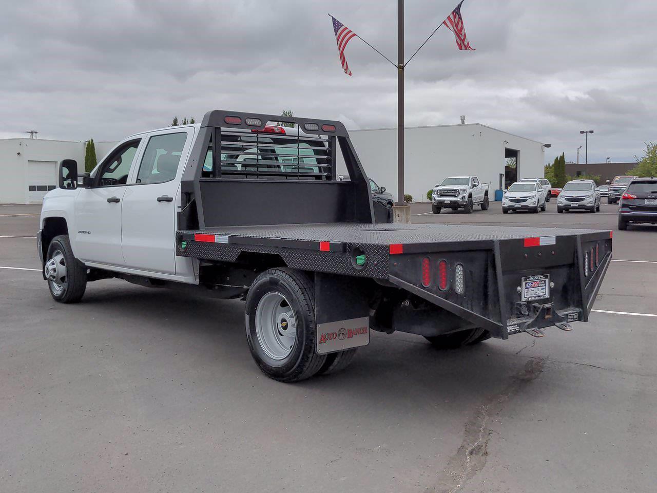 2019 Chevrolet Silverado 3500 Crew Cab DRW 4x4, Platform Body #P14180 - photo 1