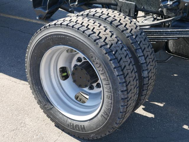 2018 Ram 4500 Regular Cab DRW 4x4,  Cab Chassis #218152 - photo 4