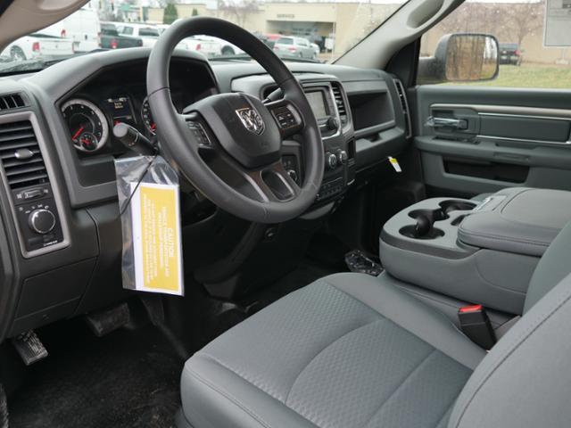 2018 Ram 3500 Regular Cab DRW 4x4,  Platform Body #218355 - photo 6