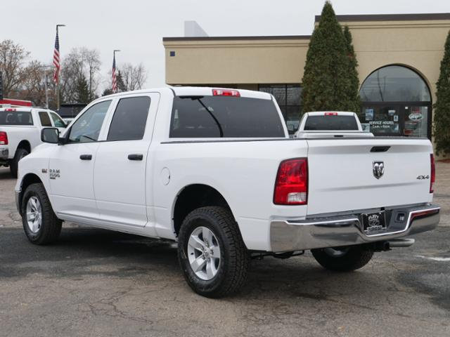 2019 Ram 1500 Crew Cab 4x4, Pickup #219086 - photo 2