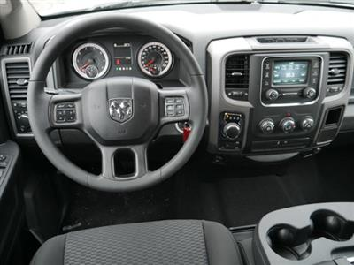 2019 Ram 1500 Crew Cab 4x4, Pickup #219086 - photo 6