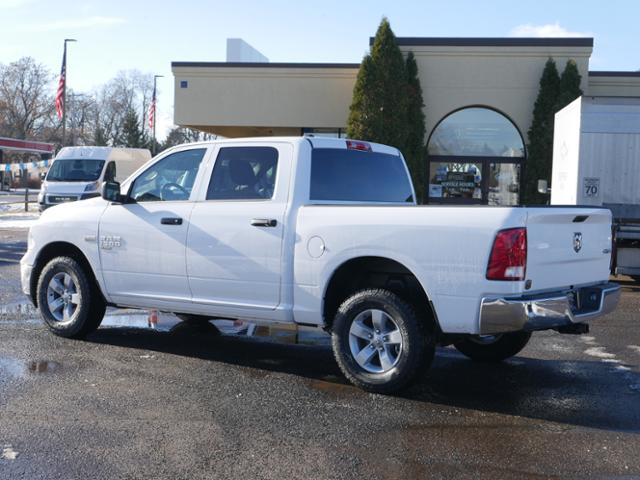 2019 Ram 1500 Crew Cab 4x4, Pickup #219117 - photo 2