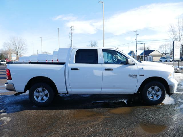 2019 Ram 1500 Crew Cab 4x4,  Pickup #219117 - photo 3