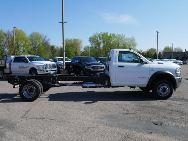 2019 Ram 5500 Regular Cab DRW 4x4, Cab Chassis #219217 - photo 3
