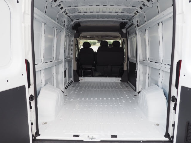 2018 ProMaster 2500 High Roof FWD,  Empty Cargo Van #R85600 - photo 2