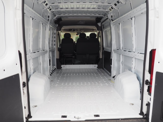 2018 ProMaster 2500 High Roof FWD,  Empty Cargo Van #R85619 - photo 2