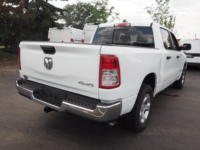 2019 Ram 1500 Crew Cab 4x4,  Pickup #R85786 - photo 9