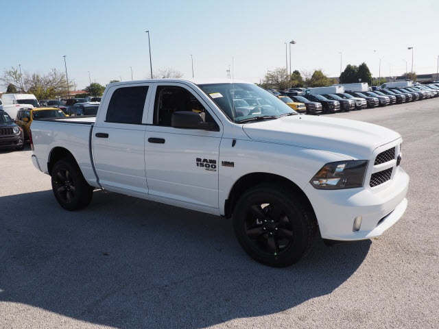 2019 Ram 1500 Crew Cab 4x4,  Pickup #R85809 - photo 6