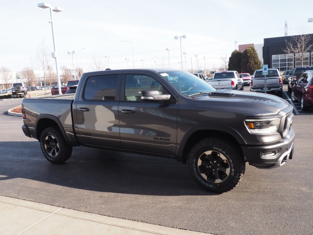 2019 Ram 1500 Crew Cab 4x4,  Pickup #R85918 - photo 6