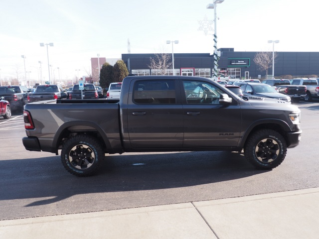 2019 Ram 1500 Crew Cab 4x4,  Pickup #R85918 - photo 7
