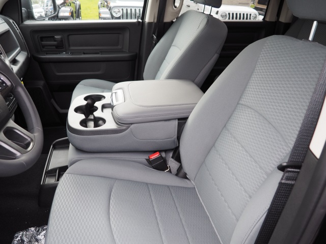 2019 Ram 1500 Crew Cab 4x4,  Pickup #R86103 - photo 14