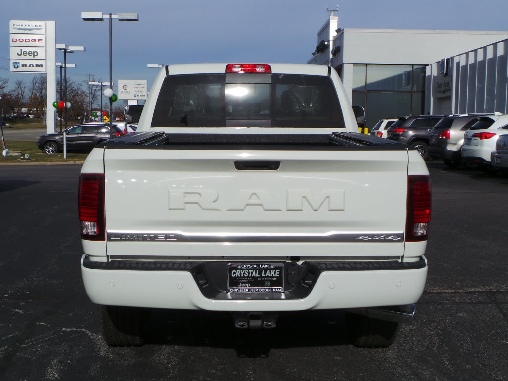 2018 Ram 2500 Crew Cab 4x4 Pickup #D180125 - photo 2