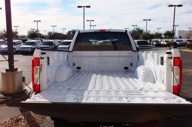 2017 F-250 Crew Cab Pickup #FH0642 - photo 5