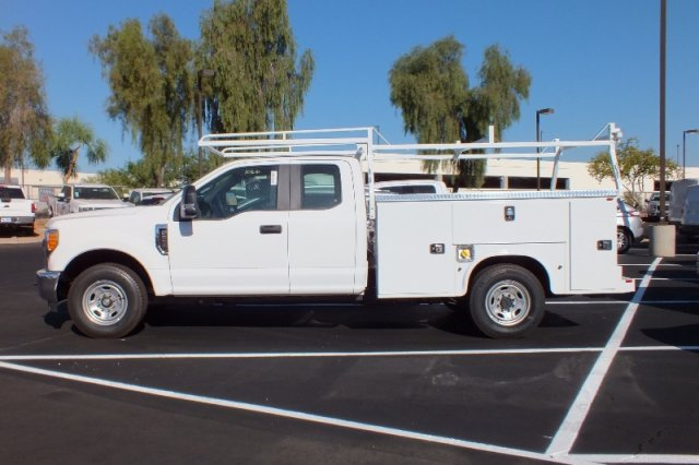 2017 F-250 Super Cab, Knapheide Service Body #FH2584 - photo 4