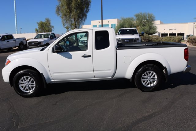 2017 Nissan Frontier King Cab 4x4, Pickup #FL2374A - photo 8