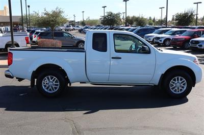 2017 Nissan Frontier King Cab 4x4, Pickup #FL2374A - photo 5