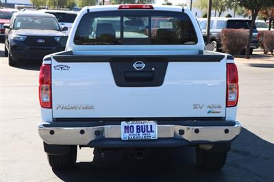 2017 Nissan Frontier King Cab 4x4, Pickup #FL2374A - photo 7