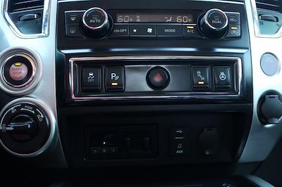 2018 Nissan Titan Crew Cab 4x4, Pickup #FM317A - photo 16