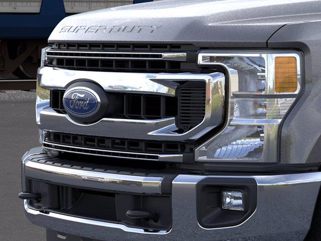2021 Ford F-250 Crew Cab 4x4, Pickup #FM482 - photo 17