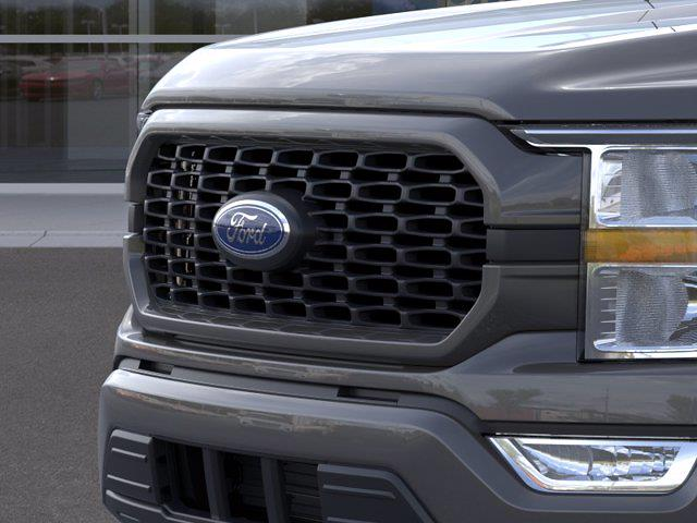 2021 Ford F-150 SuperCrew Cab 4x2, Pickup #FM921 - photo 17
