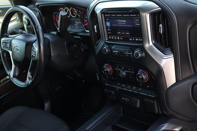 2019 Chevrolet Silverado 1500 Crew Cab 4x2, Pickup #FM942A - photo 10