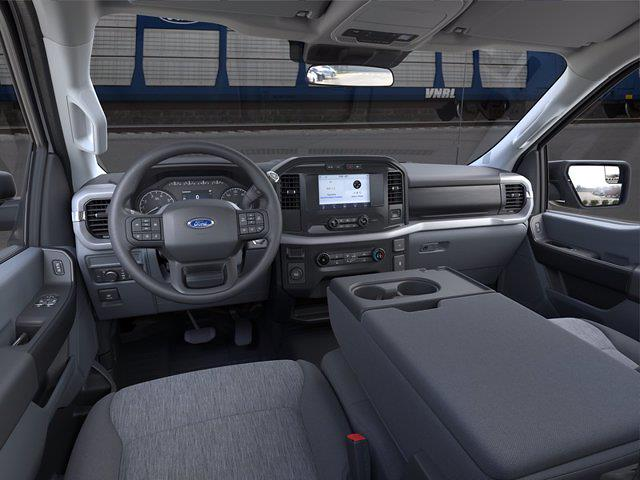 2021 Ford F-150 Regular Cab 4x2, Pickup #FM981 - photo 9