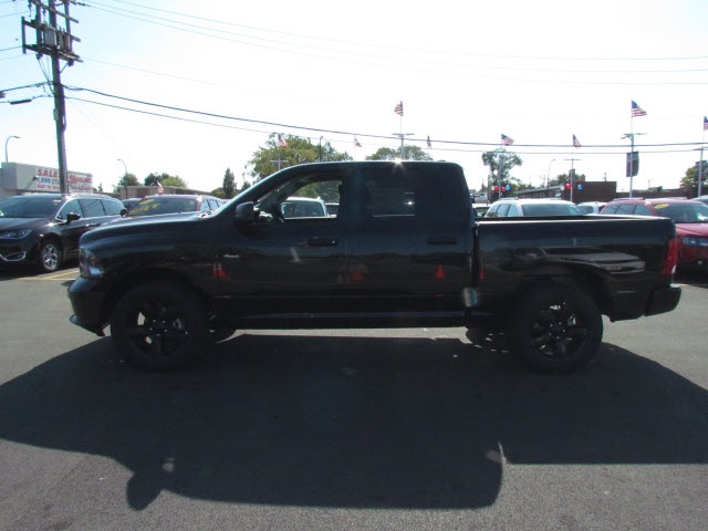 2018 Ram 1500 Crew Cab 4x4, Pickup #2010R-8 - photo 5