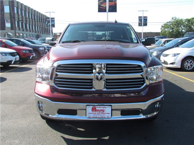 2018 Ram 1500 Crew Cab 4x4, Pickup #2012R-8 - photo 3