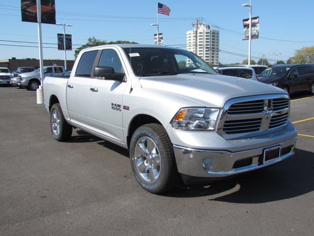 2018 Ram 1500 Crew Cab 4x4 Pickup #2028R-8 - photo 5