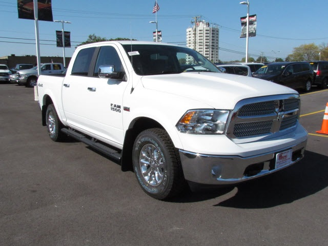 2018 Ram 1500 Crew Cab 4x4 Pickup #2033R-8 - photo 6