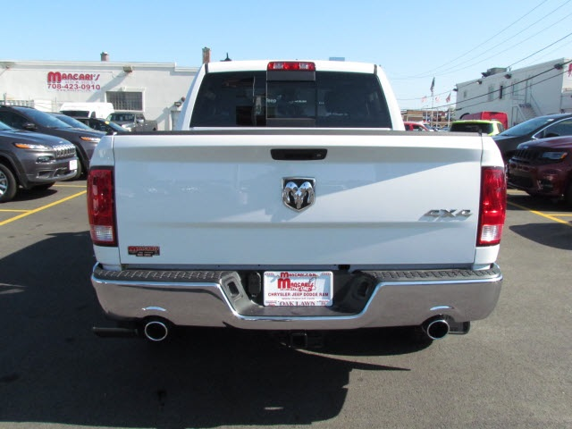 2018 Ram 1500 Crew Cab 4x4 Pickup #2033R-8 - photo 8