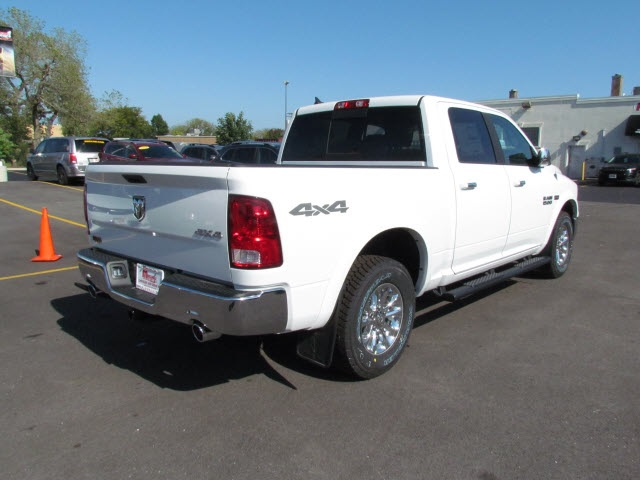 2018 Ram 1500 Crew Cab 4x4 Pickup #2033R-8 - photo 2