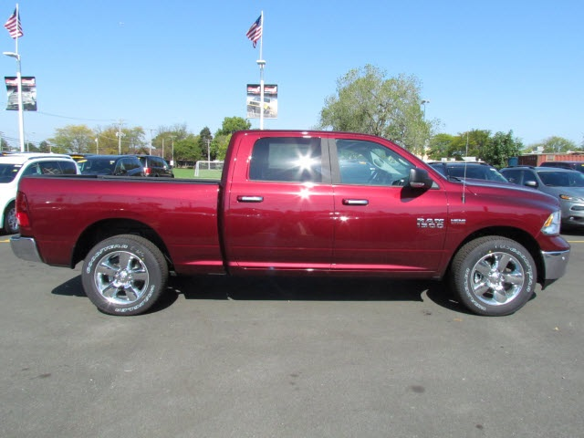2018 Ram 1500 Crew Cab 4x4 Pickup #2034R-8 - photo 9