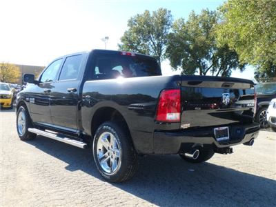 2018 Ram 1500 Crew Cab 4x4 Pickup #2048R-8 - photo 5