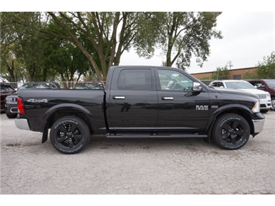 2018 Ram 1500 Crew Cab 4x4 Pickup #2049R-8 - photo 8
