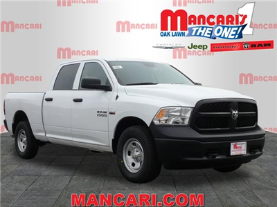 2018 Ram 1500 Crew Cab 4x4, Pickup #2070R-8 - photo 1