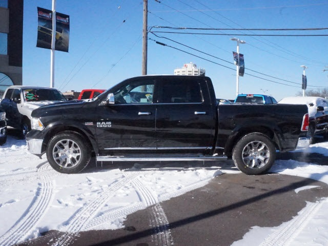 2018 Ram 1500 Crew Cab 4x4,  Pickup #2075R-8 - photo 8