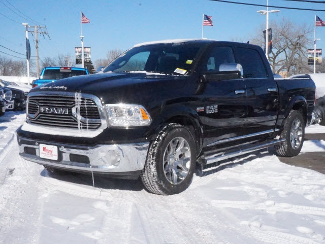 2018 Ram 1500 Crew Cab 4x4,  Pickup #2075R-8 - photo 3