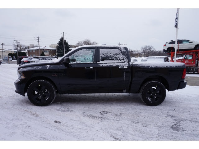2018 Ram 1500 Crew Cab 4x4, Pickup #2082R-8 - photo 7
