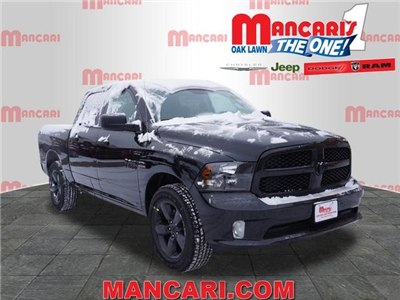 2018 Ram 1500 Crew Cab 4x4, Pickup #2082R-8 - photo 1
