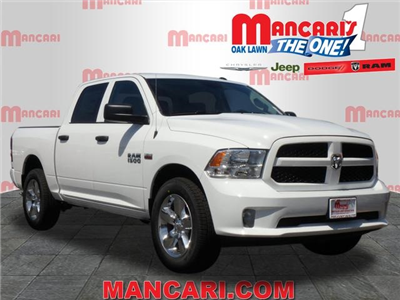 2018 Ram 1500 Crew Cab 4x4, Pickup #2091R-8 - photo 1