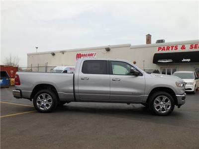 2019 Ram 1500 Crew Cab 4x4, Pickup #22007R-9 - photo 8