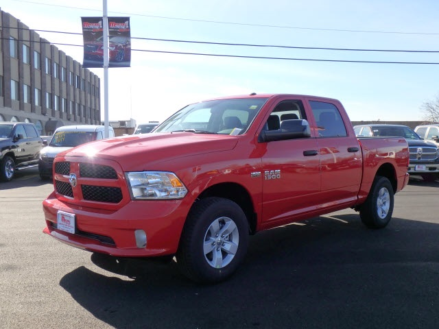 2017 Ram 1500 Crew Cab 4x4 Pickup #22048R-7 - photo 4