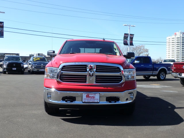 2017 Ram 1500 Crew Cab 4x4 Pickup #22057R-7 - photo 3
