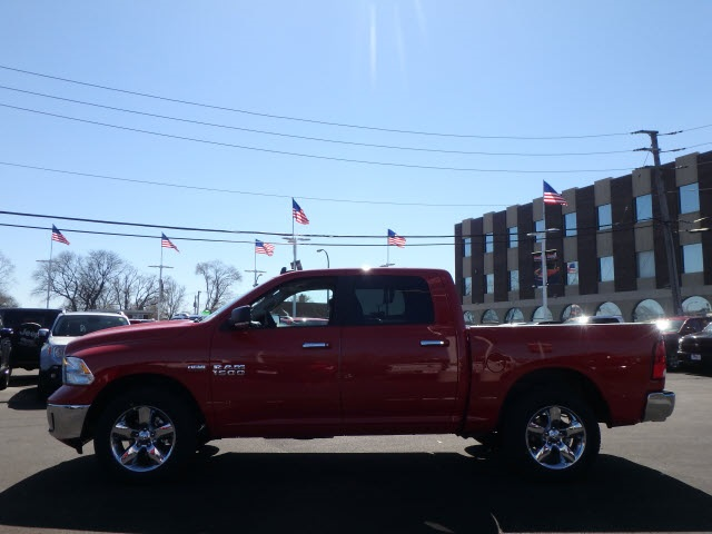 2017 Ram 1500 Crew Cab 4x4 Pickup #22057R-7 - photo 5