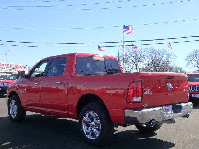 2017 Ram 1500 Crew Cab 4x4 Pickup #22057R-7 - photo 6
